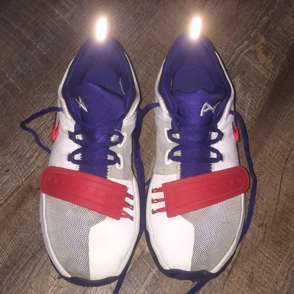 Nike Shoes | Boys Size 6 Nike Paul